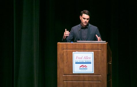 University of Memphis listens to prominent conservative Ben Shapiro